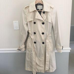 Banana Republic trench coat, size xs